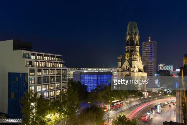 breitscheidplatz square and kaiser-wilhelm memorial church (kaiser-wilhelm-gedächtnis-kirche) - berlin-charlottenburg, germany - kurfürstendamm stock pictures, royalty-free photos & images