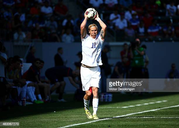 Brek Shea of the USA throws ball into play during the international men's friendly match against Panama at StubHub Center on February 8 2015 in Los...