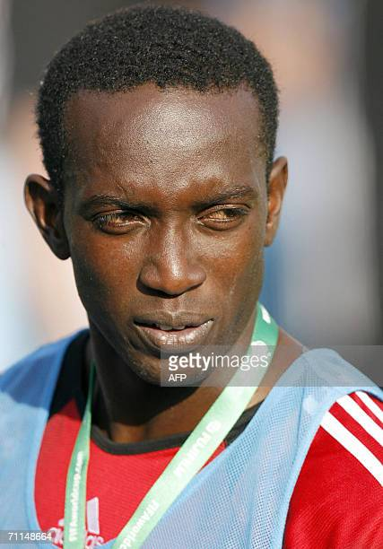 Trinidad and Tobago's forward Dwight Yorke is pictured after a training session at ' In der Ahe ' stadium in Bremen northern Germany 07 June 2006...
