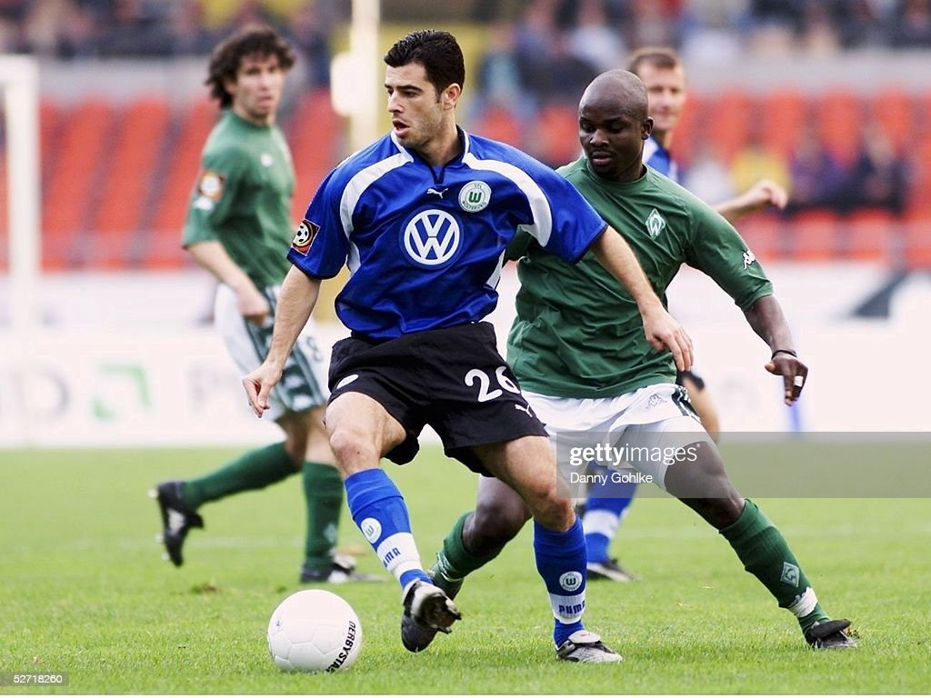 FUSSBALL: 1. BL 01/02, SV WERDER BREMEN - VFL WOLFSBURG 1:0 : Nachrichtenfoto