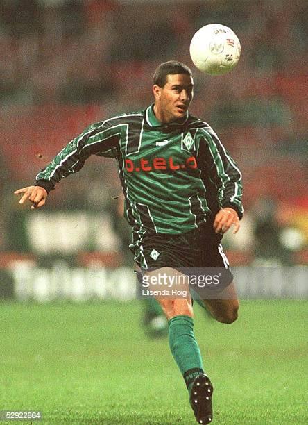 POKAL 99/00 Bremen SV WERDER BREMEN VIKING FK STAVANGER Claudio PIZARRO/BREMEN