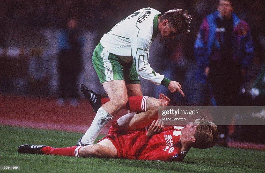 2, Bremen; Ulrich BOROWKA/Werder Bremen, Karsten BAERON/HSV