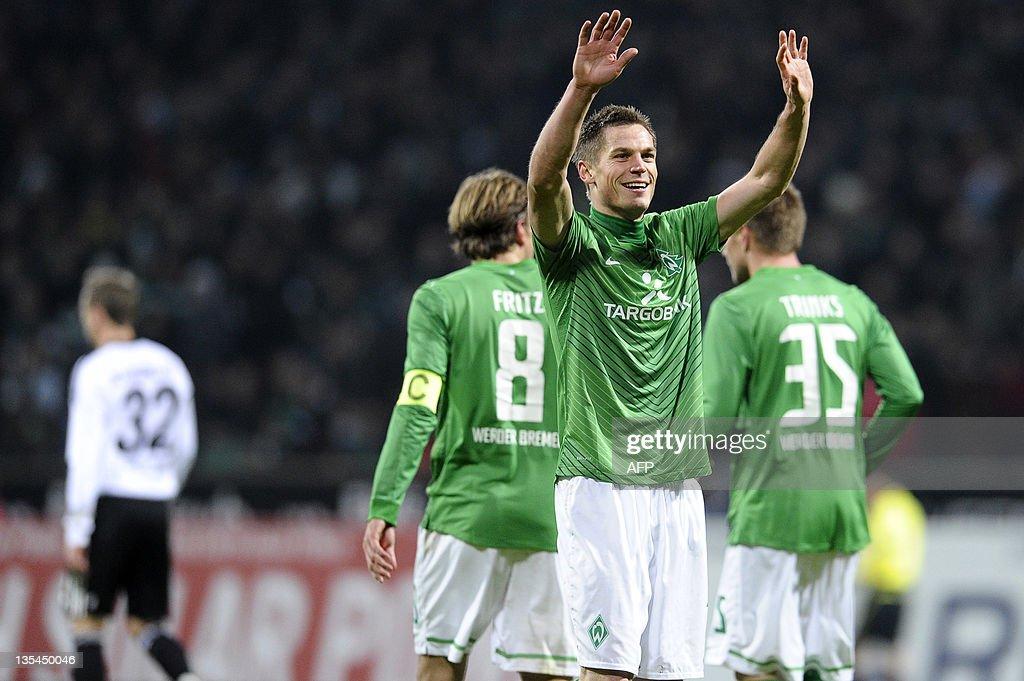 Bremen's striker Markus Rosenberg (front : Nachrichtenfoto