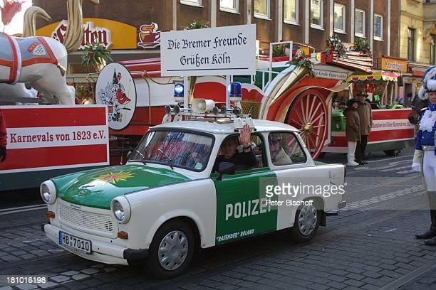 Bremer Karnevalisten im Trabant in den Farben der PolizeiPkw's Pkw Auto Motto Die Bremer Freunde grüßen Köln Kölner Rosenmontagszug Laach doch ens et...