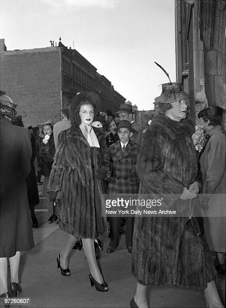 Brenda Frazier Glamour Girl No1 outside St Thomas' Church shortly after she was mobbed by an admiring crowd