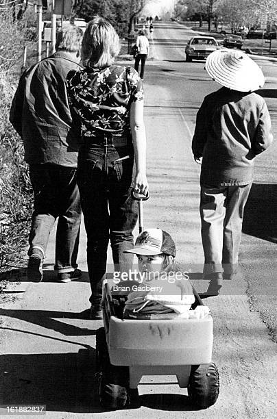 5111983 Brenda Locricchio Pulls mother of Alisa in Wacon As great grandma Shirley Marshall with hat Nonie Smith mother of Brenda Locricchio walk for...