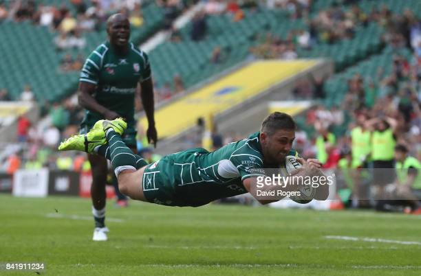 Brendan McKibbin of London Irish scores their fourth try during the Aviva Premiership match between London Irish and Harlequins at Twickenham Stadium...