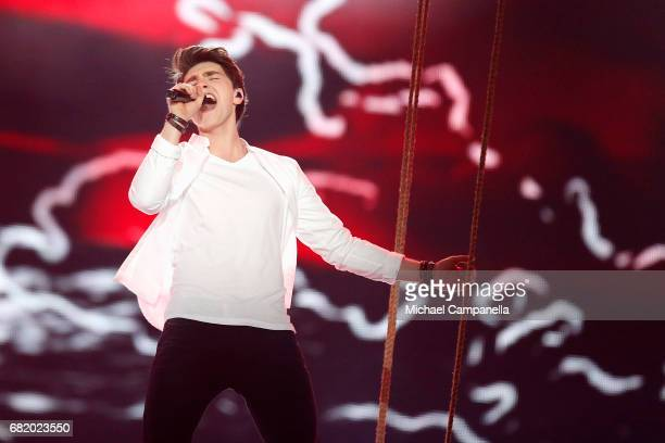 Brendan Murray representing Ireland performs the song 'Dying to Try' during the second semi final of the 62nd Eurovision Song Contest at...