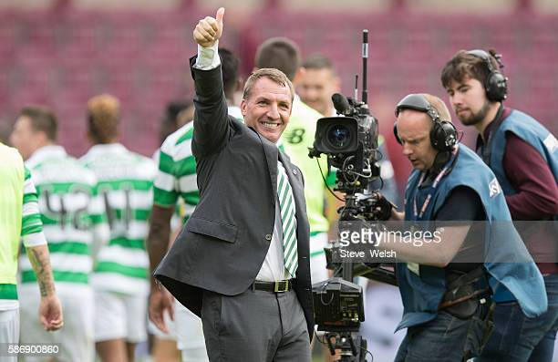Brendan Rodgers Manager of of Celtic celebrates with the Celtic Supporters during the Ladbrokes Scottish Premiership match between Hearts and Celtic...