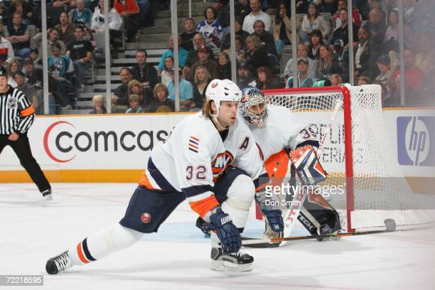 Brendan Witt of the New York Islanders goes low to block a shot during the game against the San Jose Sharks on October 16, 2006 at the HP Pavilion in...