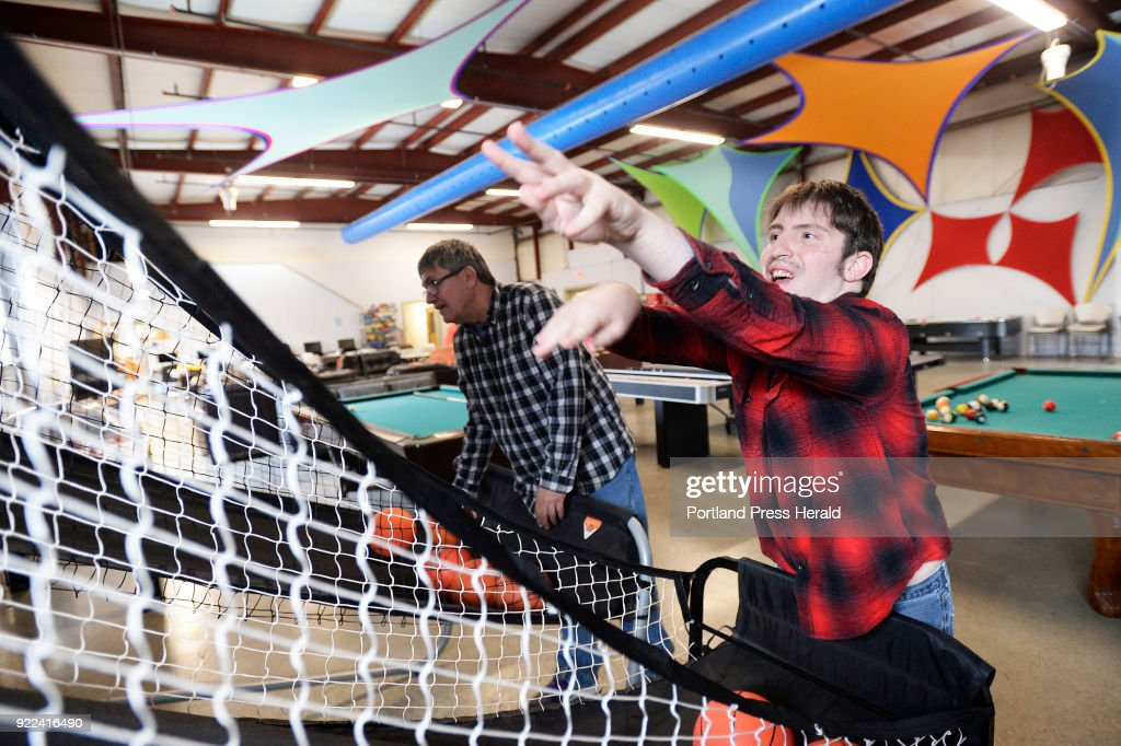 Brendan Young, who has intellectual disabilities, doing activities at the STRIVE program : Nachrichtenfoto