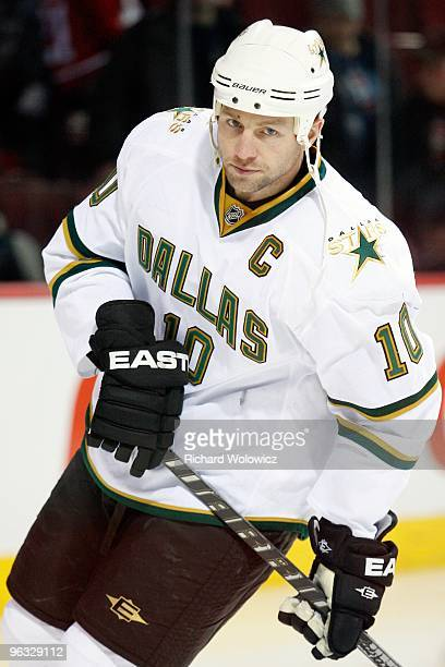 Brenden Morrow of the Dallas Stars skates during the warm up period prior to facing the Montreal Canadiens in their NHL game on January 14 2010 at...