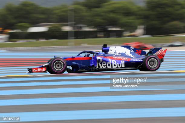 Brendon Hartley of New Zealand and Scuderia Toro Rosso on track during qualifying for the Formula One Grand Prix de France