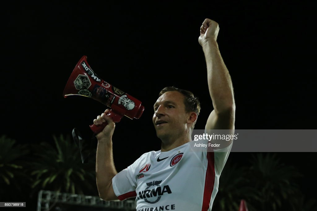 Brendon Santalab of the Wanderers celebrates the win with his team and fans during the round 11 A-League match between the Central Coast and the Western Sydney Wanderers at Central Coast Stadium on December 16, 2017 in Gosford, Australia.