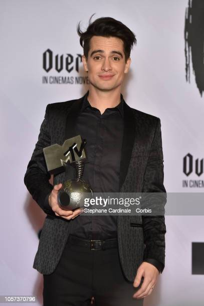 Brendon Urie of Panic at the Disc poses in the Winners room with the Best Alternative Award during the MTV EMAs 2018 on November 4 2018 in Bilbao...