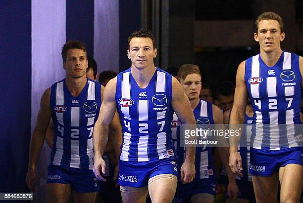 Brent Harvey of the Kangaroos runs out to play in the round 19 AFL match between the North Melbourne Kangaroos and the St Kilda Saints at Etihad...