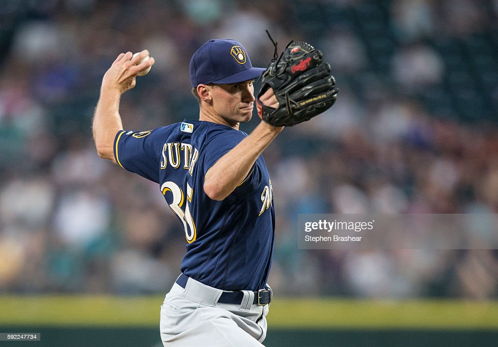 Brent Suter #35 of the Milwaukee Brewers delivers a pitch during the fourth inning of a game against the Seattle Mariners at Safeco Field on August 19, 2016 in Seattle, Washington.
