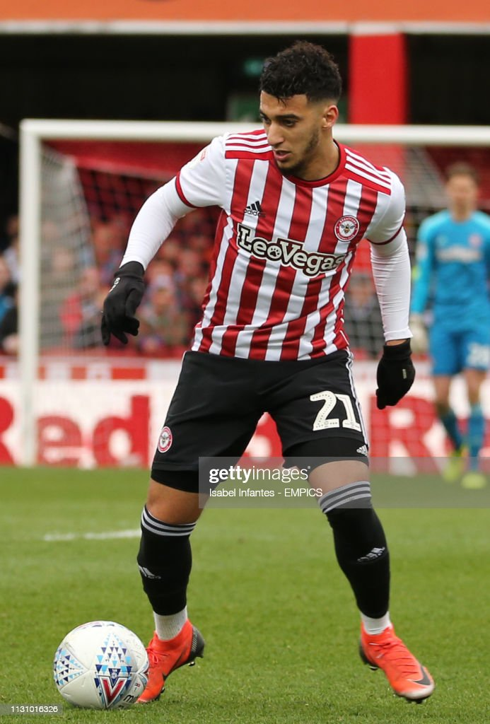 Brentford v West Bromwich Albion - Sky Bet Championship - Griffin Park : News Photo