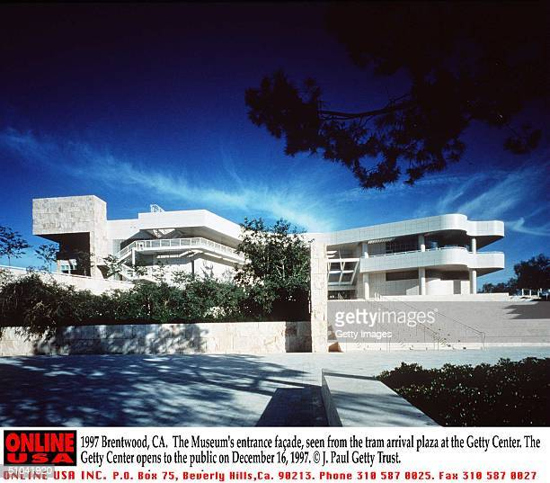 Brentwood Ca The Museum's Entrance FaAde Seen From The Tram Arrival At The Getty Center The Getty Center Opens To The Public On December 16 1997