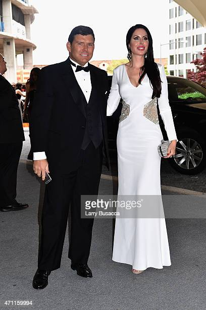 Bret Baier and Amy Baier attend the 101st Annual White House Correspondents' Association Dinner at the Washington Hilton on April 25 2015 in...