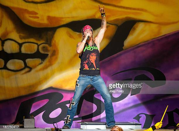 Bret Michaels of Poison performs live onstage at the Riverbend Music Center on June 26, 2011 in Cincinnati, Ohio.