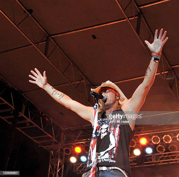 Bret Michaels performs at the KLOS Rock'n the Net at the Farmers Classic presented by Mercedes Benz at the UCLA Tennis Center on October 24 2010 in...