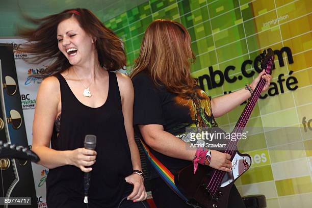 Brett Anderson and Maya Ford of The Donnas pay tribute to Les Paul at the NBC Experience Store as part of the Gibson Sessions on August 13 2009 in...