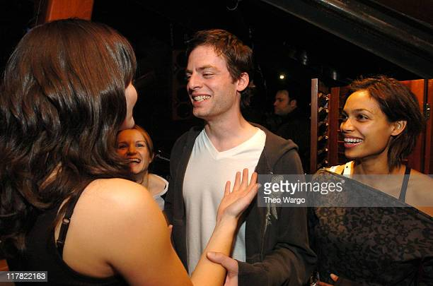Brett Anderson of The Donnas Kate Reinders Justin Kirk and Rosario Dawson
