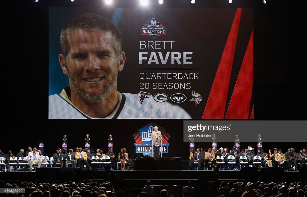 NFL Hall of Fame Enshrinement : News Photo