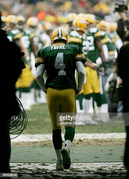 Brett Favre of the Green Bay Packers runs out of the tunnel during introductions before the game against the Seattle Seahawks January 1, 2006 at...