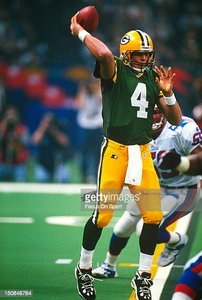 Brett Favre of the Green Bay Packers throws a pass against the New England Patriots during Super Bowl XXXI on January 26 1997 at Louisiana Superdome...