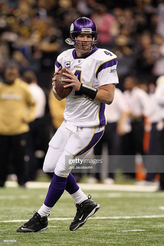 Brett Favre #4 of the Minnesota Vikings warms up against the New Orleans Saints during the NFC Championship Game at the Louisiana Superdome on January 24, 2010 in New Orleans, Louisiana. The Saints won 31-28 in overtime.