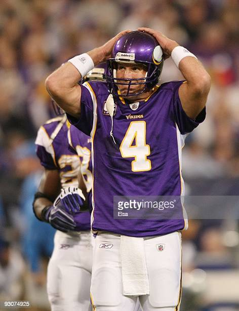 Brett Favre of the Minnesota Vikings watches as they measure in the first quarter against the Detroit Lions on November 15 2009 at Hubert H Humphrey...