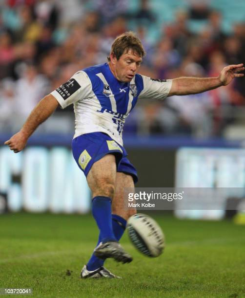 Brett Kimmorley of the Bulldogs attempts to kick a drop goal round 25 NRL match between the Canterbury Bulldogs and the Penrith Panthers at ANZ...