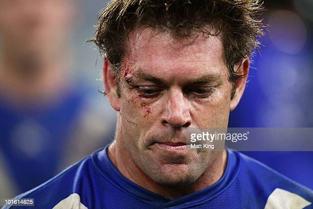Brett Kimmorley of the Bulldogs looks dejected at fulltime during the round 13 NRL match between Canterbury Bulldogs and the Wests Tigers at ANZ...