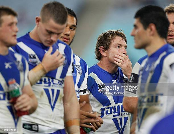 Brett Kimmorley of the Bulldogs reacts after the Warriors scored in the final seconds to win the round five NRL match between the Canterbury Bulldogs...