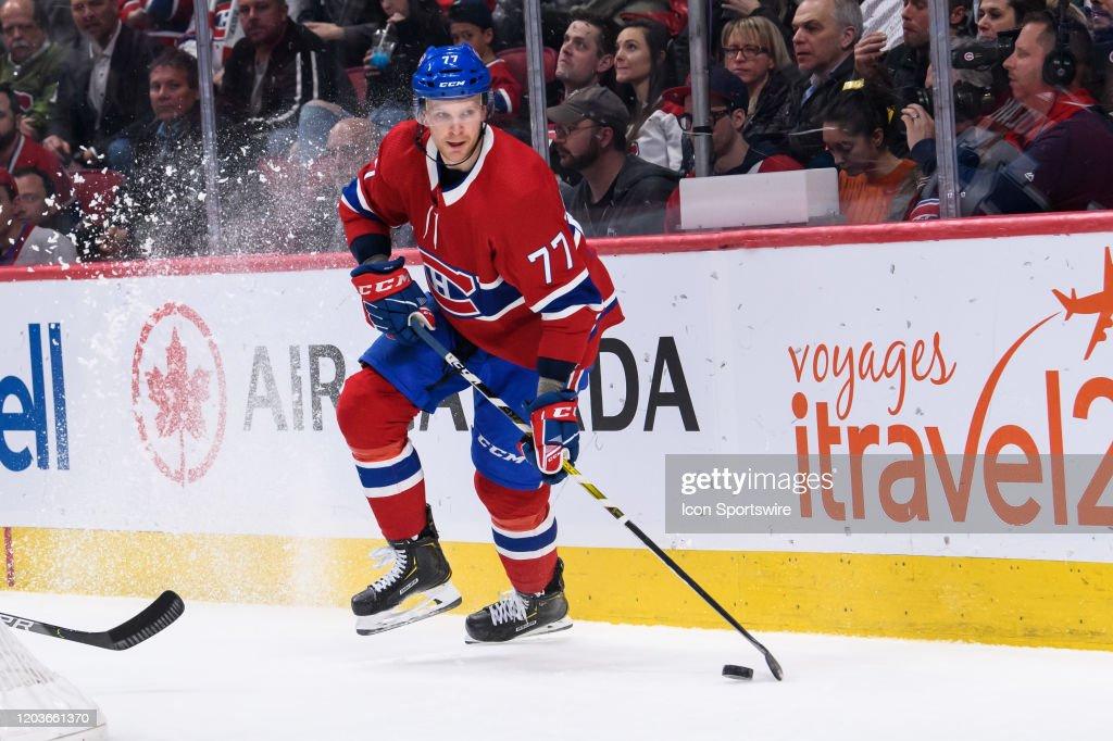 NHL: FEB 25 Canucks at Canadiens : News Photo