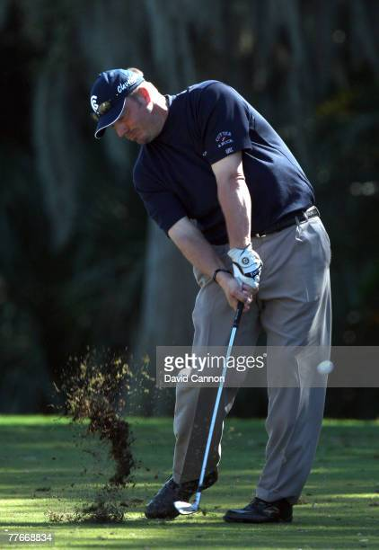 Brett Wetterich hits his third shot to the 1st green on the Magnolia Course during the third round of The Childrens Miracle Network Classic held on...