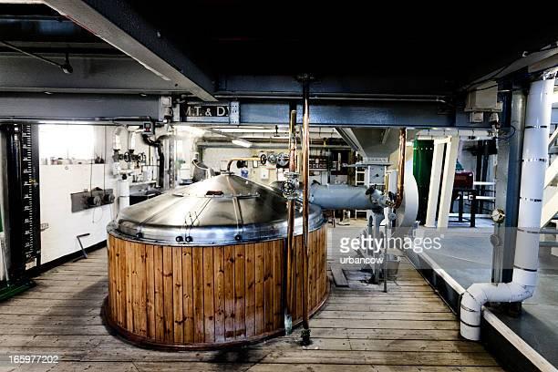 Brasserie, purée tun et dissoudre la TVA