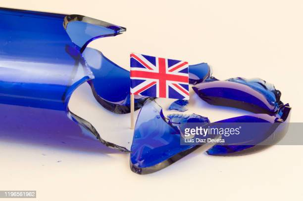 brexit breaks up the european community - election stock pictures, royalty-free photos & images