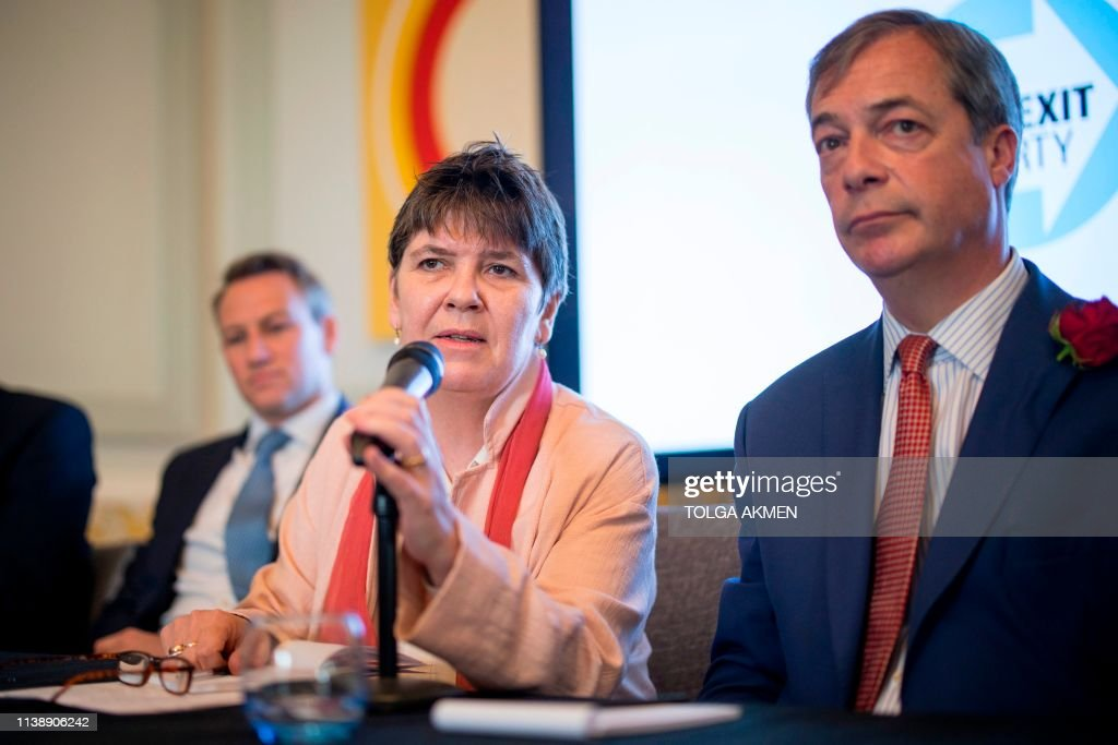 BRITAIN-POLITICS-EU-VOTE : News Photo