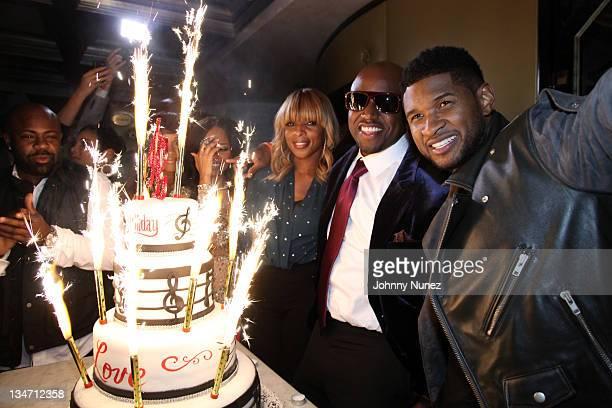 Breyon Prescott Cherlise Teairra Mari Mary J Blige Rico Love and Usher celebrate Rico Love's birthday on December 2 2011 at Vic and Angelo's in Miami...