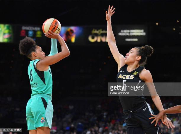 Bria Hartley of the New York Liberty shoots against Dearica Hamby of the Las Vegas Aces at the Mandalay Bay Events Center on August 15 2018 in Las...