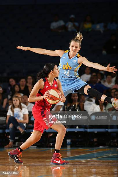 Bria Hartley of the Washington Mystics handles the ball against Allie Quigley of the Chicago Sky on July 1 2016 at Allstate Arena in Rosemont IL NOTE...