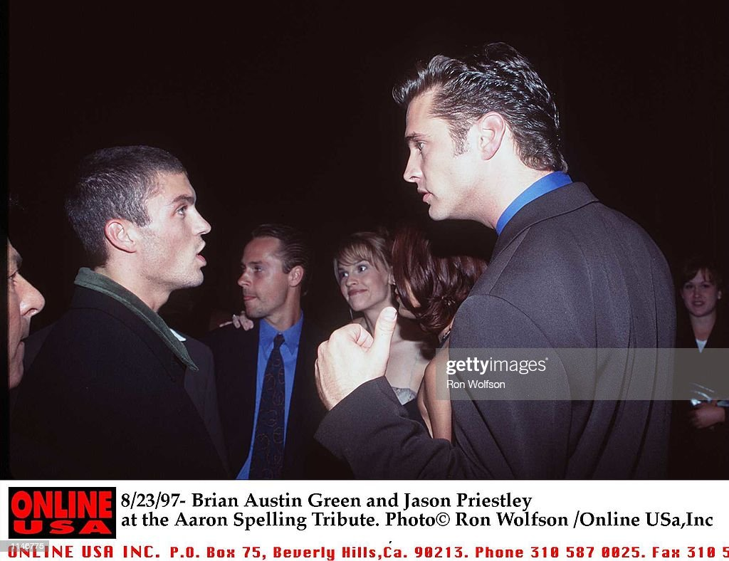 8/97/- Brian Austin Green and Jason Priestley at the Aaron Spelling Tribute : News Photo