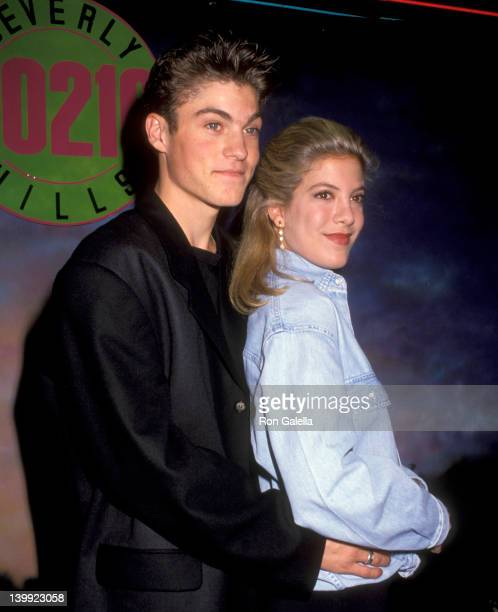 Brian Austin Green and Tori Spelling at the Launch the Release of 'Beverly Hills 90210' Series Pilot on Video The Wherehouse Northridge