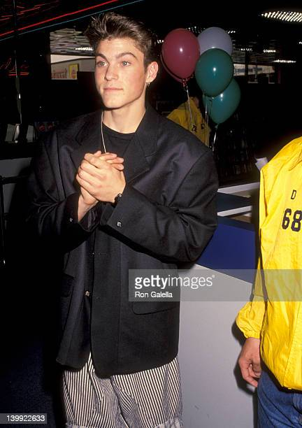 Brian Austin Green at the Launch the Release of 'Beverly Hills 90210' Series Pilot on Video The Wherehouse Northridge