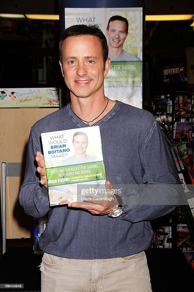 "Brian Boitano Signs Copies Of His Book ""What Would Brian Boitano Make?"" : News Photo"