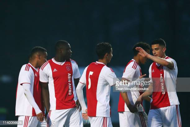 Brian Brobbey of Ajax celebrates scoring a goal with team mates during the YOUTH CUP U19 between Ajax U19 and Excelsior U19 at Sportpark De Toekomst...