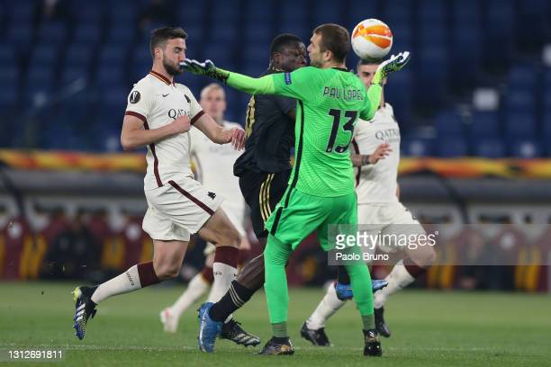 Brian Brobbey of Ajax scores their team's first goal past Pau Lopez of Roma during the UEFA Europa League Quarter Final Second Leg match between AS...